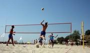 Стойки для пляжного волейбола,  сетка,  разметка